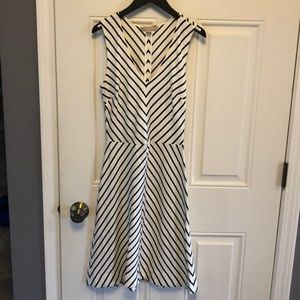 Super Cute! Banana Republic sleeveless Dress